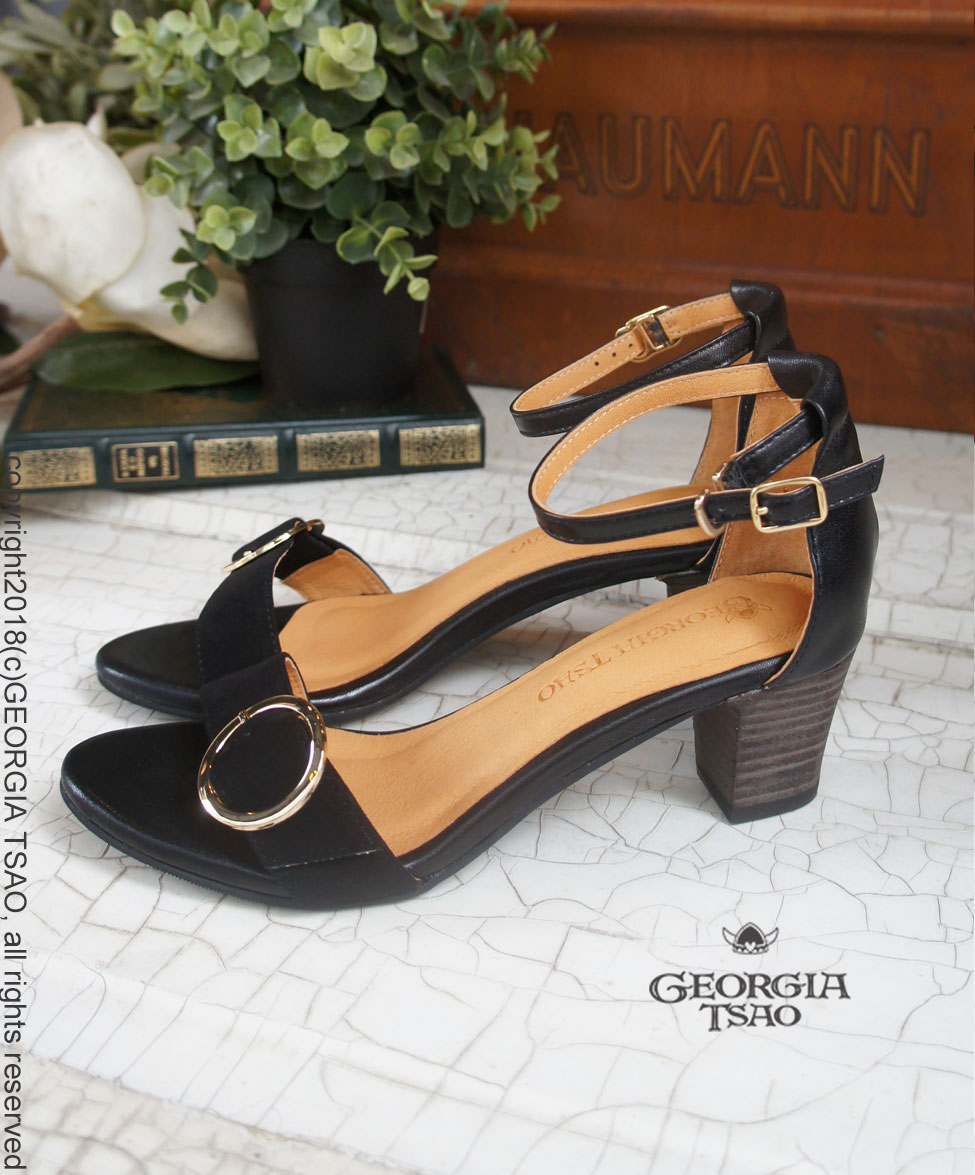 GT全真皮圓釦涼鞋