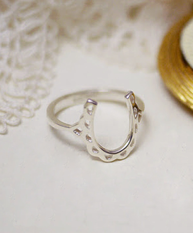 GT 蕾絲馬蹄純銀戒指