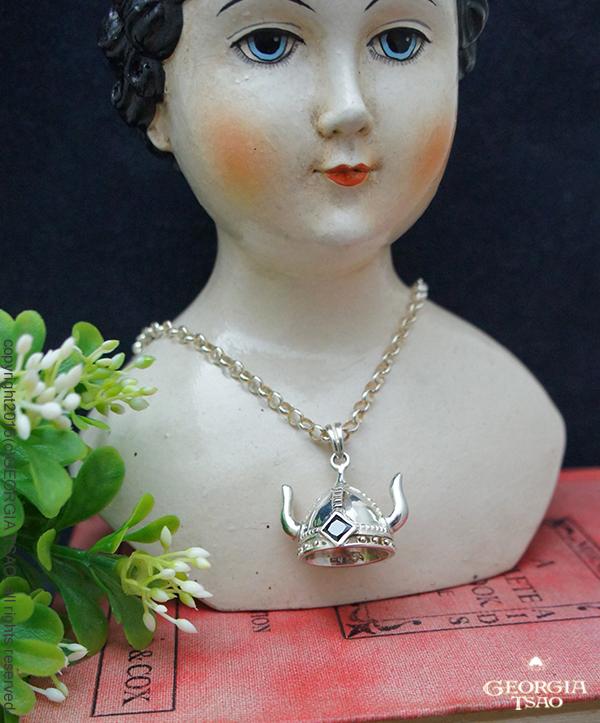 A維京帽純銀項鍊