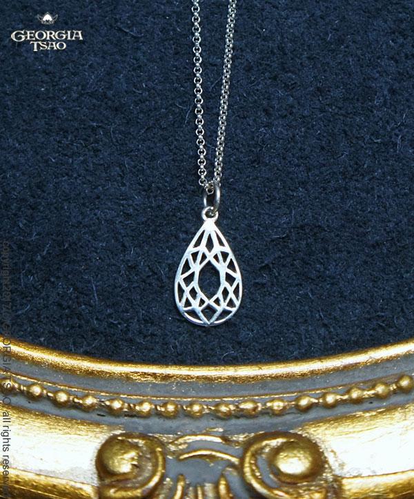 鏤空水滴寶石純銀項鍊